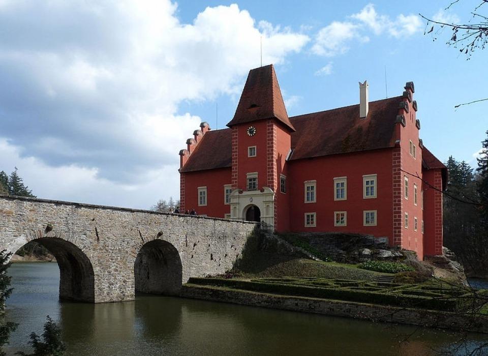 Castle Cervena Lhota (Czechia)